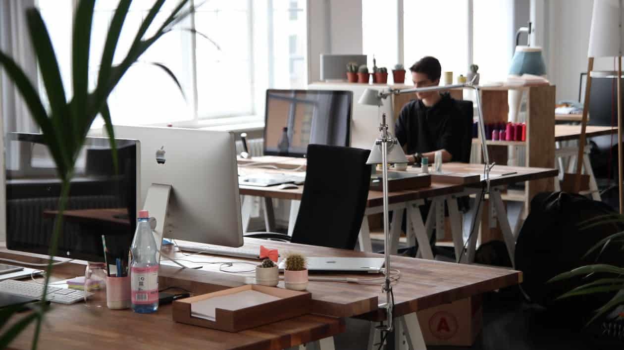 [Para proyectos a gran escala |] Control de la actividad del personal. Detección de la ociosidad de los empleados.